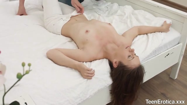Giving Charming Teen Sofy Torn a Nice Facial After Drilling Her Pussy Ancient wrinkled pussy