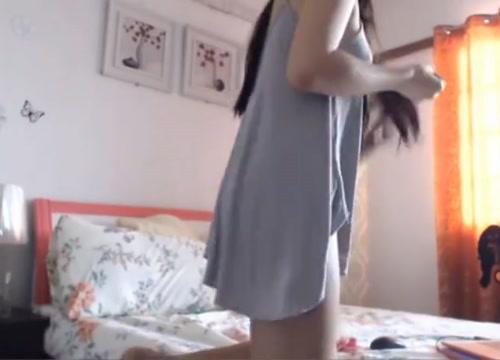 Horny shemale video with Solo, Webcam scenes Pretty breast video