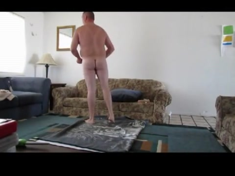 Guy from craigslist catfights med naket slut