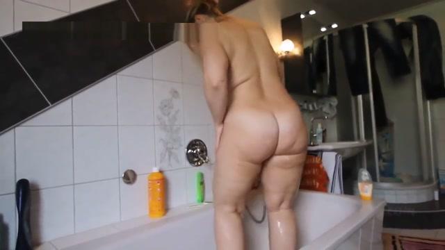 Big Ass Taking a Shower