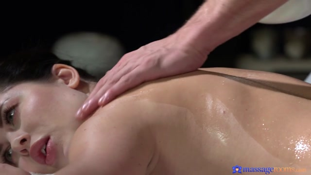Cassie Fire  Max Dyor in Orgasmic fucking for plump bum babe - MassageRooms