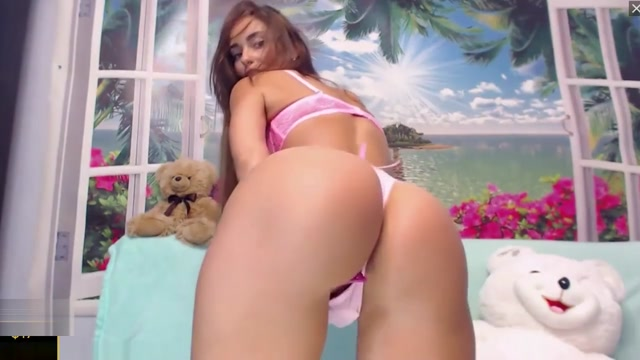 ASS GODDESS TEASING 32: GORGEOUS TALL SEXY REDHEAD 4M4ND4D1N SHOWS TITS American hairy pussy