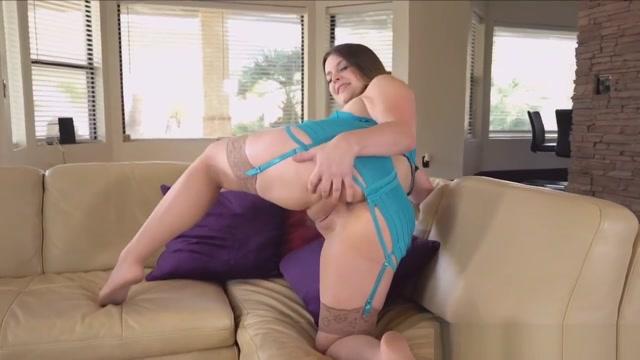 Toying Pornstar Orgasms kendra wilkinson nude star celebs