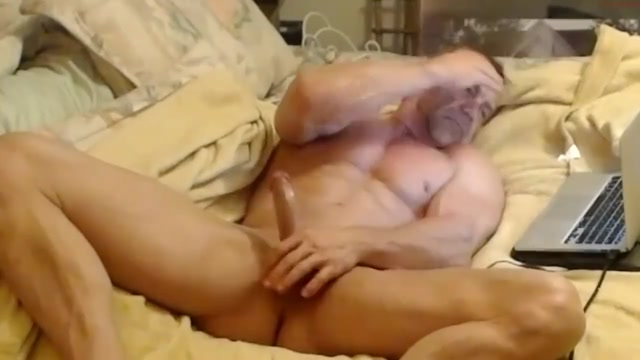 Muscledaddy Webcam Show 5 Milf And Teen Girls