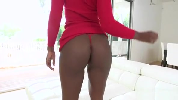 Cute Brown Sugar With Large Ass Slurps And Rides White Knob