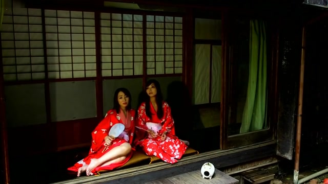 AUKG-350 Jin Yuki Narumiya Iroha Prostitute Lesbian Hot sex with girls while girls pee daily motion