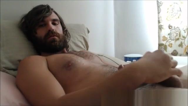 Explodes cum in Beard - sexywebcamguys.com x art beautiful blowjob video