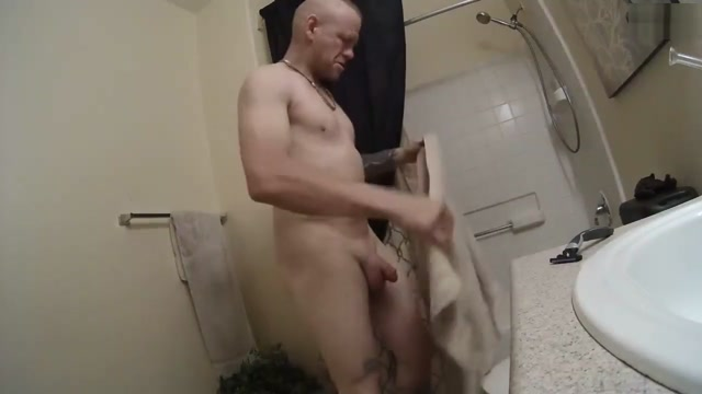 washing my cock and playing with cock, cock out in bathtub and squeezing aged women sex videos