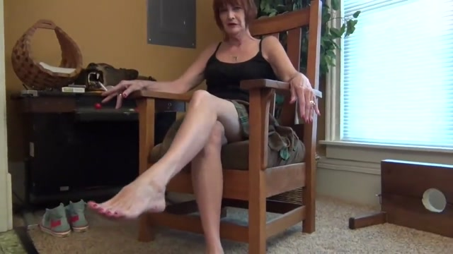 Big Mature Feet