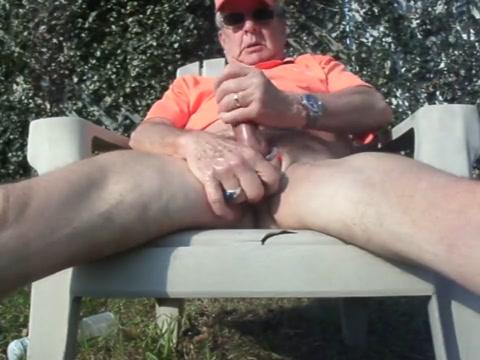 Cumming in Back Yard Alexis texas big ass porn