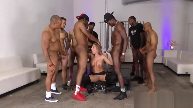 Britney - Interracial Hardcore Blowbang! Pictures of naked old people