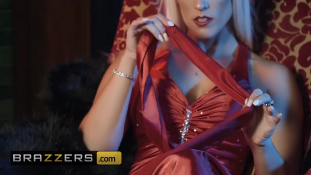 Brazzers - Big Wet Butts - Blanche Bradburry Danny D - First Class Ass Riding tits gif