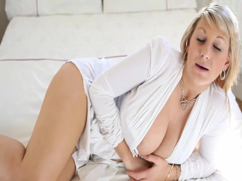 MERCEDES Girls Night JOI Hot sexy naked female teacher in class