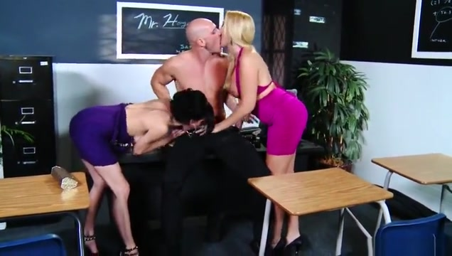 Huge tits porn video featuring Veronica Avluv and Alana Evans My wife wants a divorce and i don t