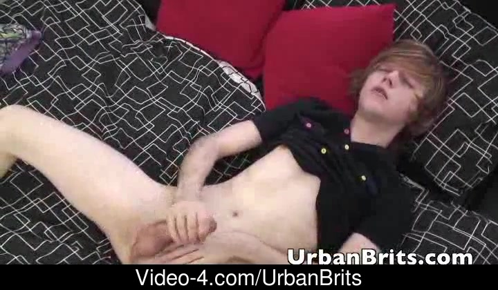 Sexually Excited brits jerking with his 2 exposed hands 45 and up