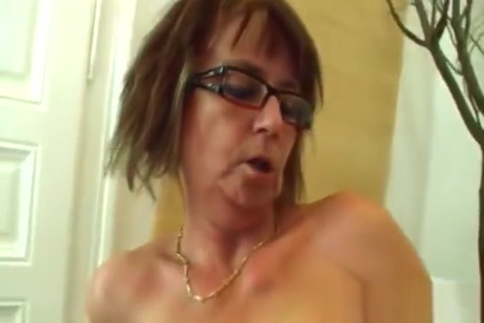 Busty Granny Jana Takes Cock In Mouth And Cunt Stephanie Renee Kissing a Girl Tribute Pt1