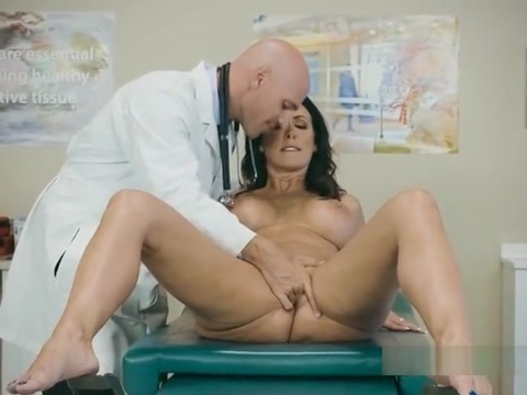Sexy Patient Reagan Foxx Gets Pleasured By Doctor Im to sexy for this shirt