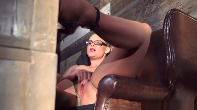 Phoenix Marie gets pounded - Brazzers the witcher sex mods