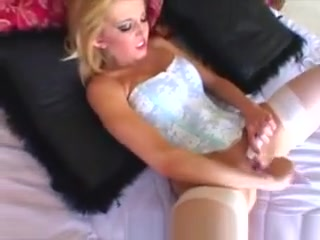 Stunning Fitness Hottie Pleases Herself And Blows Huge Dong Bbw Sex Free Movie