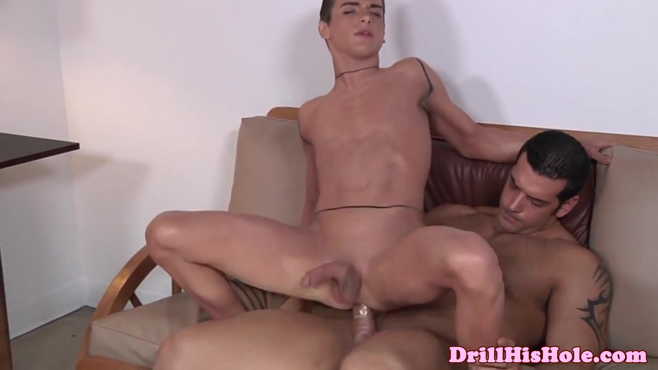 Marcus Ruhl pounding bottom bitch When can i get a dating scan