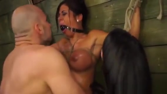 Hot Blindfolded Babe Fucked In The Throat By A Huge Pecker