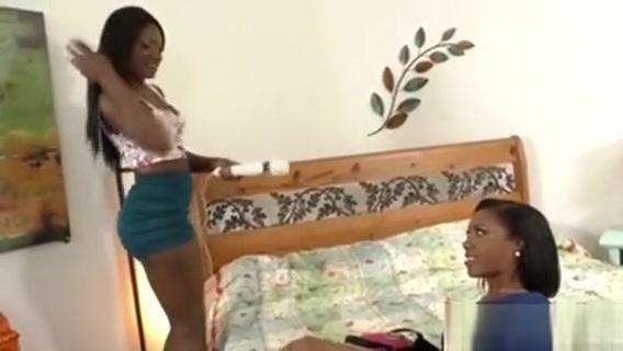 Ebony Lesbian Fun Fuck my drunk sister in law
