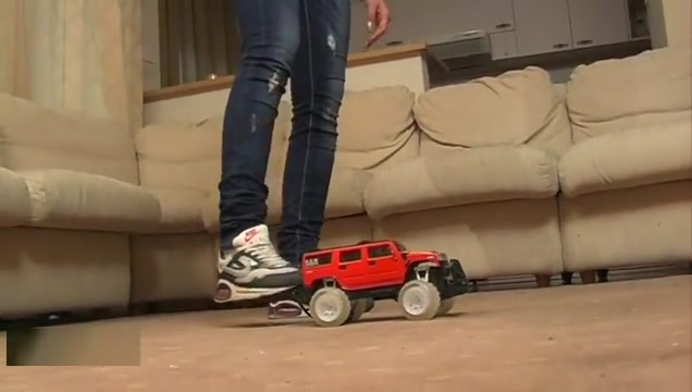 Butcrush Toy Car