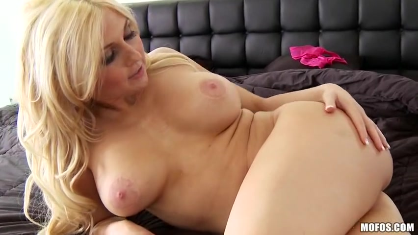 Christie Stevens - She Puts The HOE in HOBO Big boob asian pornstar