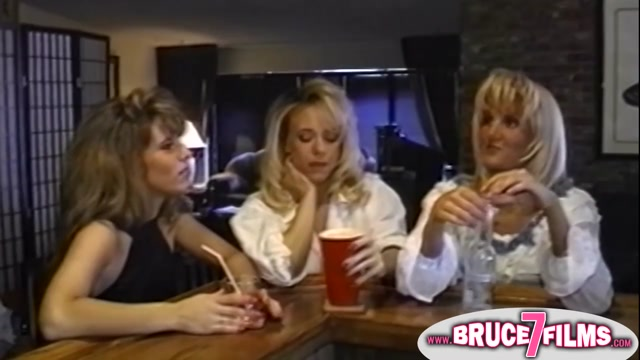 3 Ladies go for A Hardcore Lesbian Fuck Time Male masturbation techiniques in bed