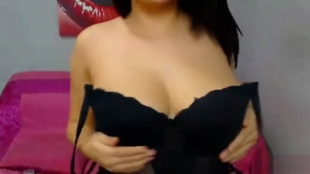 Beautiful Girl With Big Tits On Cam