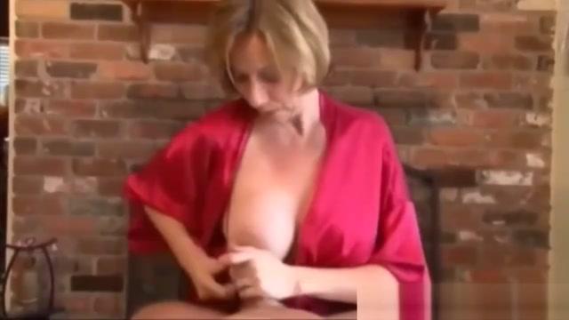 Lascia fare alla mamma pompino italiano figlio Sexy pants and naughty knickers