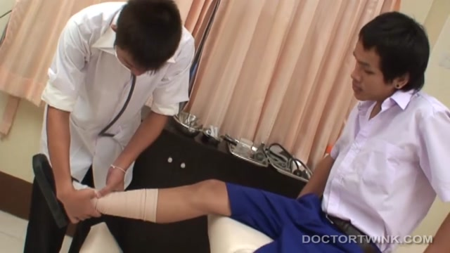Non and Sim - DoctorTwink Young blowjob gallery