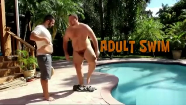 Gunner Scott in the pool II Milf threesome guys girl