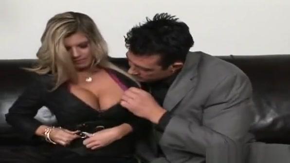 Breathtaking Hottie With Big Tits Gives Head And Fucks Hard Mary carey pov