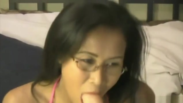 Asian Vegas brunette Kim with sexy glasses candy manson yes sir
