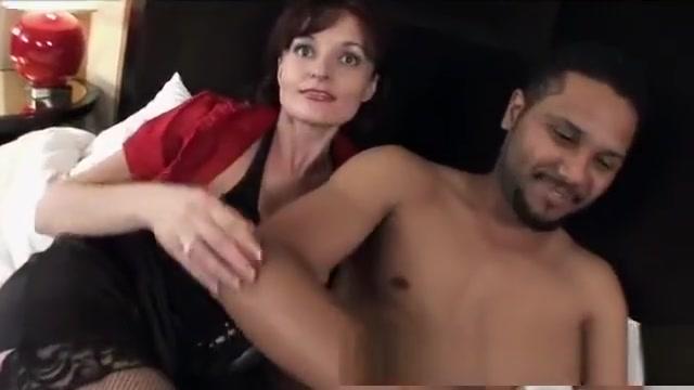 Hot Russian Milf Babe w Black Cock Convert avi to dvd