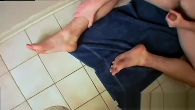 Gay army men being wax completely Hunter In A Bathroom Solo Adult young super porn videos