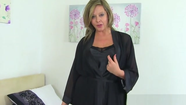 British milf Silky Thighs Lou rubs her mature cunt Fuck mother and me