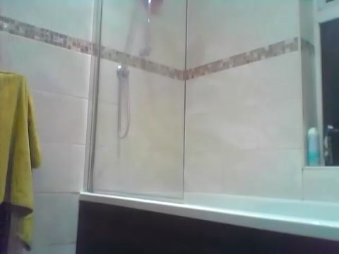 Caught my step-bro in the shower (REAL Spy Cam)!! Pics of women breast feading