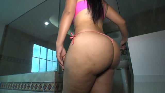 big ass sex with small dick 2 Pictures that make guys horny