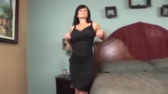 Lisa Ann is one Hot Momma pron sex zac naked