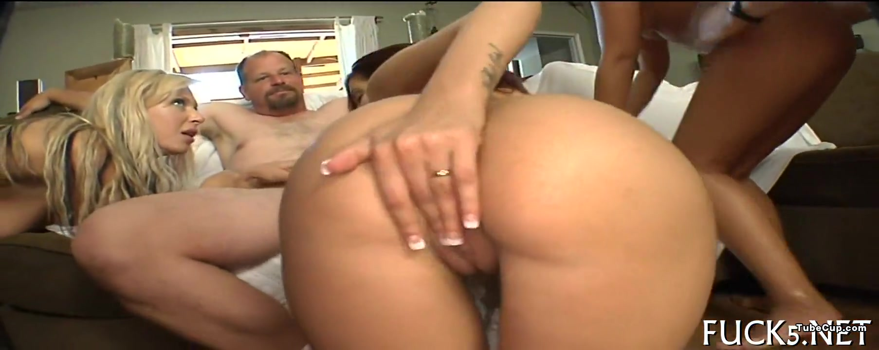 Impressive group sex