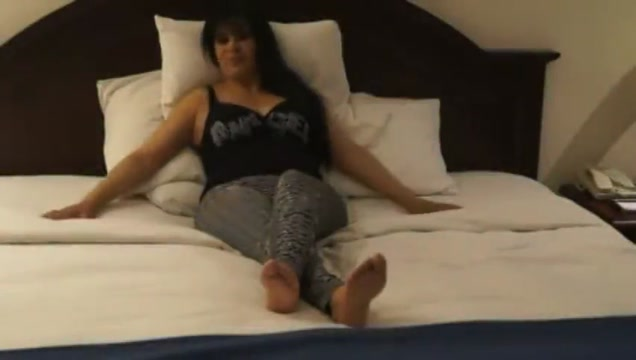 Laura ticklish volume 1 Amazing laugh ( add me to view part 2)