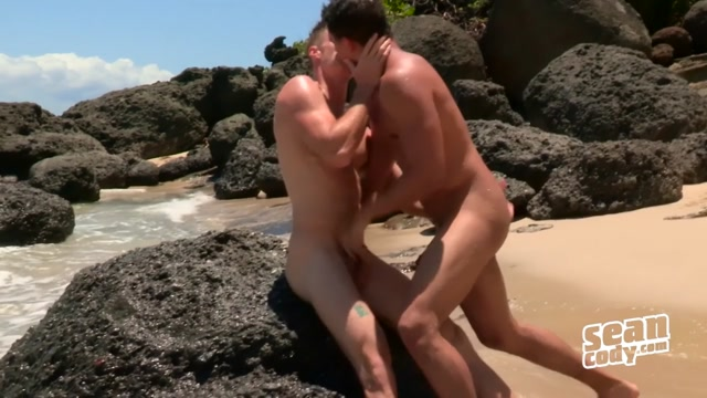 Puerto Rico: Day 3 - SeanCody How to eat pussy porn