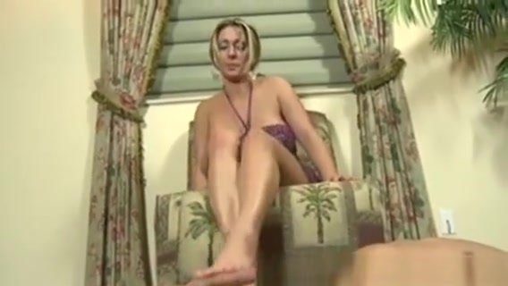 Femdom Babes Sexy Feet Rub Cock Three breasted woman naked