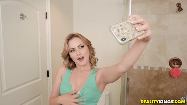 Britney Light & Zac Wild in Searching For A Selfie Slut - SneakySex Home alone and wanting in San Jose