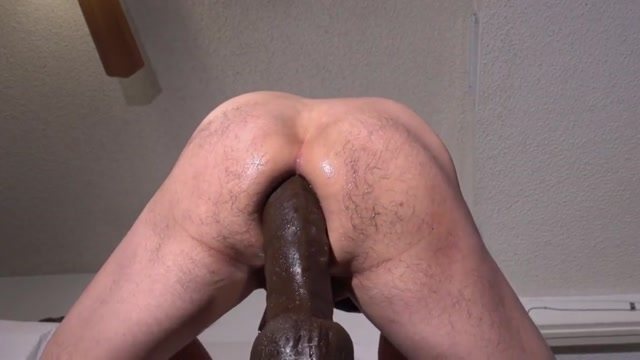 STRETCHING MY MANHOLE WITH HUGE DILDOS Mature Usa Sex