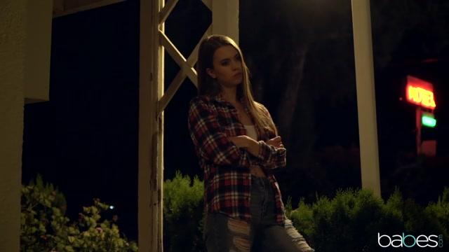 Xander Corvus & Jill Kassidy in Little Runaway - BabesNetwork velma and daphne porn cartoon