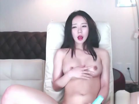 [??] BJ Neat Squirt mother daughter lesbian strapon