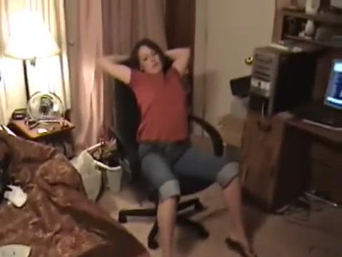 Worshipping Wifes sweaty feet and toes Mg midget reviews